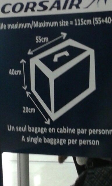TAILLE  VALISE  CABINE  CORSAIRE