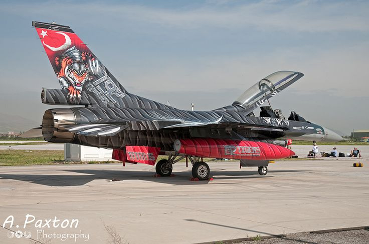 https://flic.kr/p/Y1WNxg | Turkish Air Force | Lockheed Martin F-16D Fighting Falcon | 88-0014 | 192 Filo 'Tiger' - Balikesir Air Base, Turkey | NTM15 - Konya Air Base, Turkey