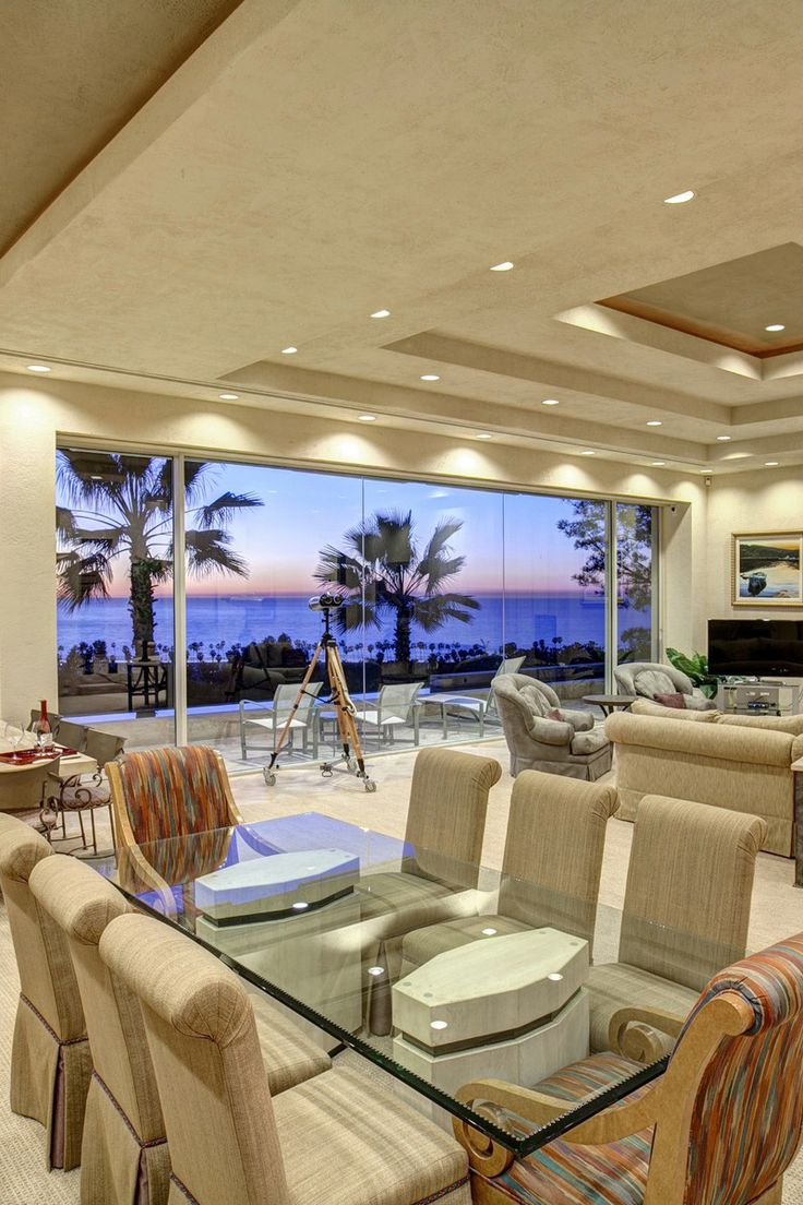 #Oceanfront living room design from a La Jolla, California ...
