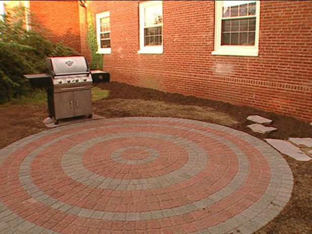 How To Lay A Circular Paver Patio