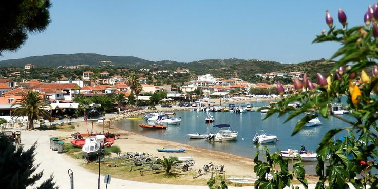 The beautiful coastal village of Finikounda!