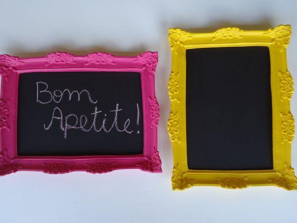 lousa com molduras coloridas em resina, ideal para cozinhas,salas de almoço, festa de aniversario... valor unitario 90,00 - moldura amarela - pronta entrega medida externa 30x40 medida interna 21x30 R$ 80,00