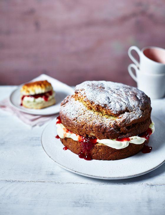Mmmmm hello giant scone cake...