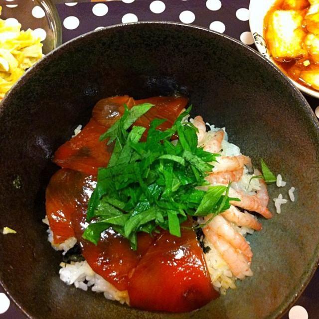 漬けマグロと甘エビ丼、揚げ出し豆腐、サラダ - 10件のもぐもぐ - ある日のご飯 by Naaaoh70