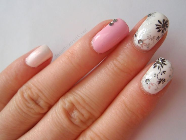 Color Club Endless, Isadora Opaline, Gina Tricot White (Stamping with Depend 223 & Golden Rose Matte 12)