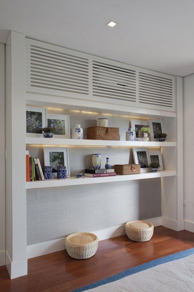Casa de 1.000 m² no Alto de Pinheiros, SP / Andrea Teixeira e Fernanda Negrelli #shelves #arcondicionado