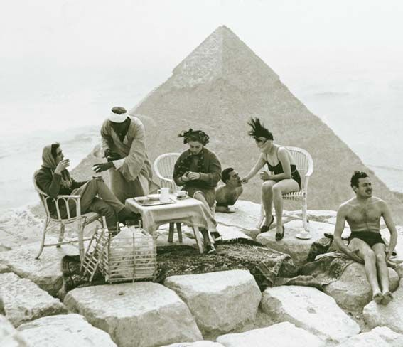 Picnic on a pyramid
