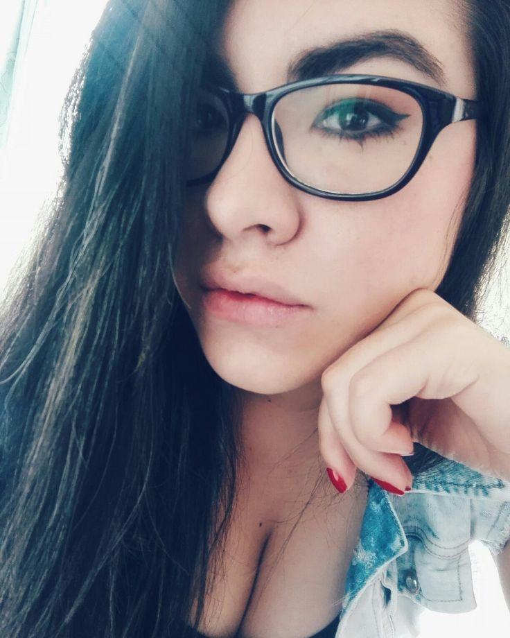 Luisa Fernanda Nieves | Gafas | Chica de gafas | Chica sexy de gafas | Anteojos | Lentes de moda | Lentes bonitos | Amor por las gafas | Love | Fashion | Selfie | Girl | Smile | Style | Lentes  | Fashionblogger | Glasses | Gafas | Gafas de moda | Styles | Blogger | Moda | Estilo | Chica tumblr | Tumblr | Girl tumblr |