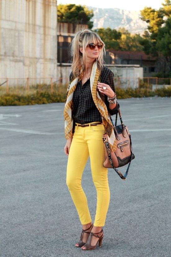 Yellow jeans I want to find me a pair