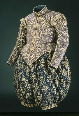 Wedding clothes of King Gustav II Adolf of Sweden in 1620. Violet cloth doublet, and the trousers were made of blue broadcloth.    Royal Armoury Collection.