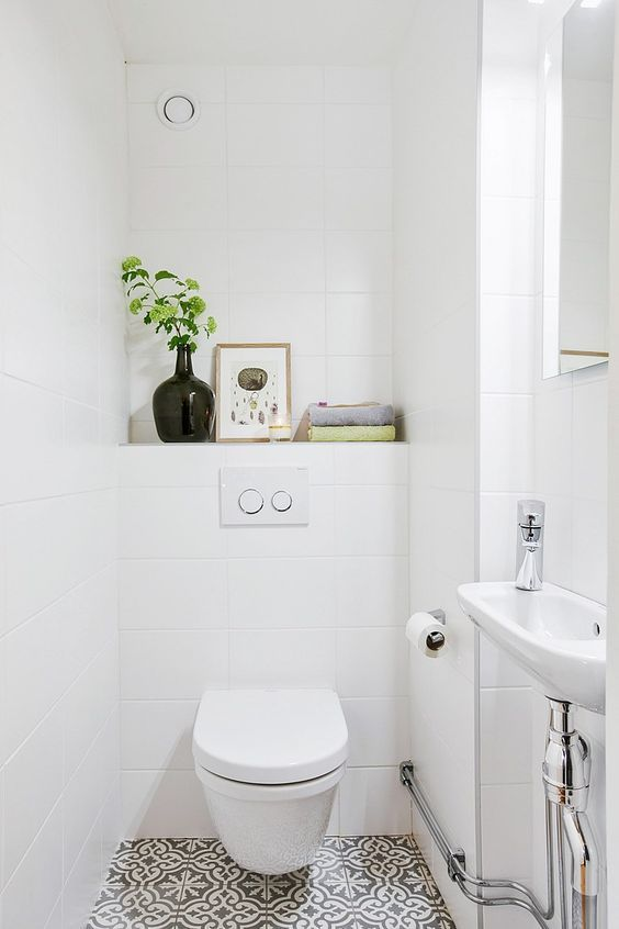 Les 25 meilleures id es de la cat gorie petite toilette for Small washroom design