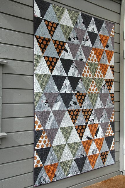 ghastly triangles by quilt it on Flickr.