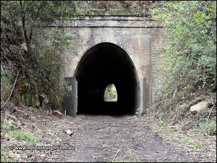 Lilyvale Tunnel No. 1 (Tunnel No. 5).  Lilyvale, NSW 2508, Australia.  Opened on the 3rd October 1888 and closed permanently on the 20th May 1915.  http://www.helensburgh.com.au/lilyvale-railway-tunnels/