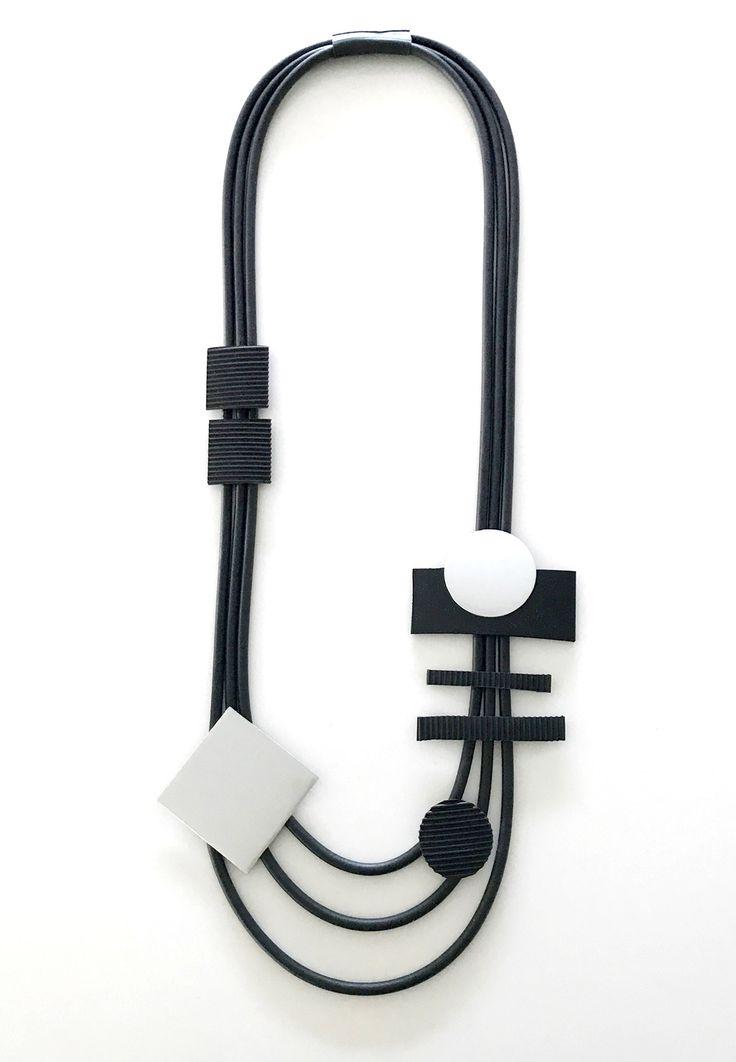 Halsband, gummi, aluminium Necklace, rubber Lagenlook