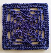 Ravelry: Chains and Loops pattern by Shelley Husband.. Free pattern!