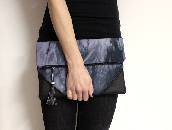 28 best Pretty & Cool Clutch images on Pinterest | Clutch bags ...