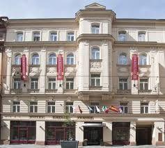 Caesar Prague Hotel www.hotelcaesarprague.com Hotel garni 4*