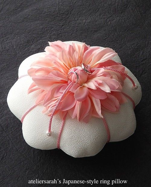 Japanese style ring pillow decorating dahlia