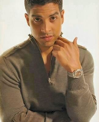now I remember why I like watching CSI: Miami #hottie #ilovemylatinomen