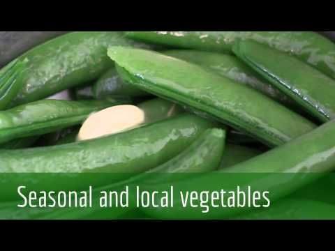 Cheap, healthy local vegetables, sugar snap peas grown in Suffolk | Chef Jess