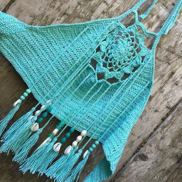 ☮ American Hippie Bohéme Boho Summer Style ☮ Crochet Crop Top .. Fringe Tassels