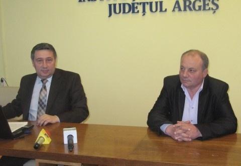 Prefectul Cristian Soare a continuat astăzi prezentarea unor primari cu rezultate bune, acum fiind rândul lui Ion Neacşu, primarul comunei Bârla. Edilul s-a clasat primul în topul celor care au reuşit să atragă fonduri europene în comunităţi rurale, iar primarul Neacşu a făcut şi o dezvăluire inedită.