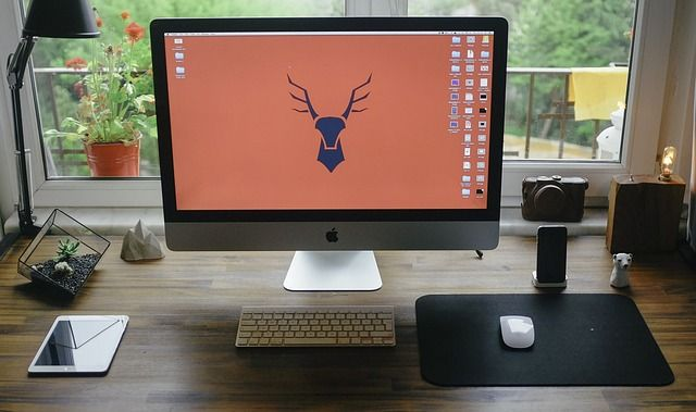 Present your app to your customers with this amazing image with an iMac on a wooden desk. How? Go to Picapp.net, upload this cool image, upload your best app screenshot and download the final image! Easy, right? Try it and give us feedback! #iMac #desk #home #working #picapp