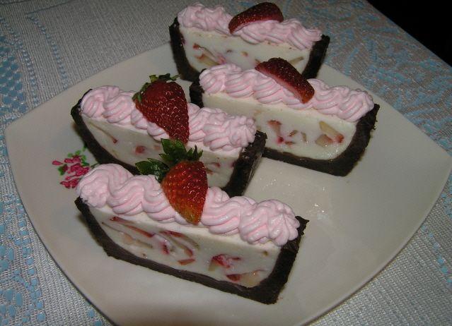 Nepečená jogurtová torta