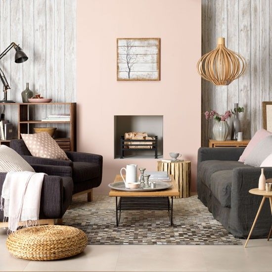 Weathered wood living room // blush walls