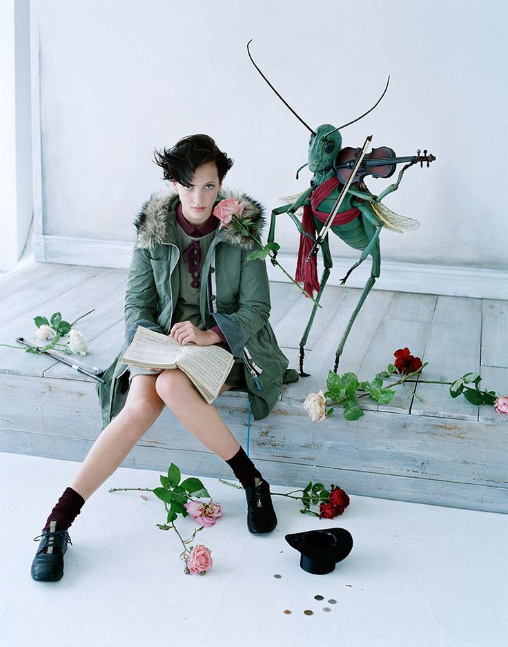 Uniqlo X Jun Takahashi Starts August 31Ads Campaigns, Stylish Clothing, Looks Book, Tim Walker, Fashion Ads, Fall Winter, Fashion Women, Fairies Tales, Vogue Japan