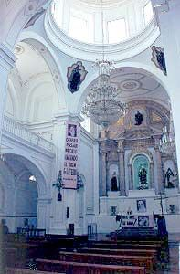 San Angelo Martir in Salvatierra, Guanajuato, Mexico - Tour By Mexico ®  http://www.tourbymexico.com/guana/salvatie/salvatie.htm