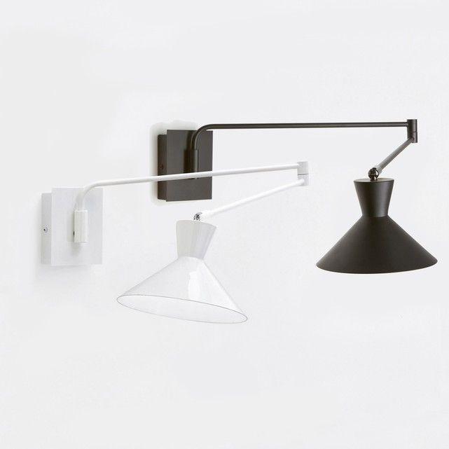 Wandlamp Voltige. De perfect aan te passen wandlamp dankzij de verstelbare arm. Elegant en sober model.Eigenschappen : - In metaal, afwerking in epoxy. - Schakelaar op de basis. - Fitting E14 voor spaarlamp 11W (niet bijgelverd). - Compatibel met lampen met energiewaarde A. Afmetingen : - Lampenkap Ø17 cm. - Basis : B9 x H11 x D2,8 cm- Lengte arm deel 1 : 40 cm, arm deel 2 40,4 cm- Rotule Ø2 cm. - Max. spanwijdte : 99,6 cm.