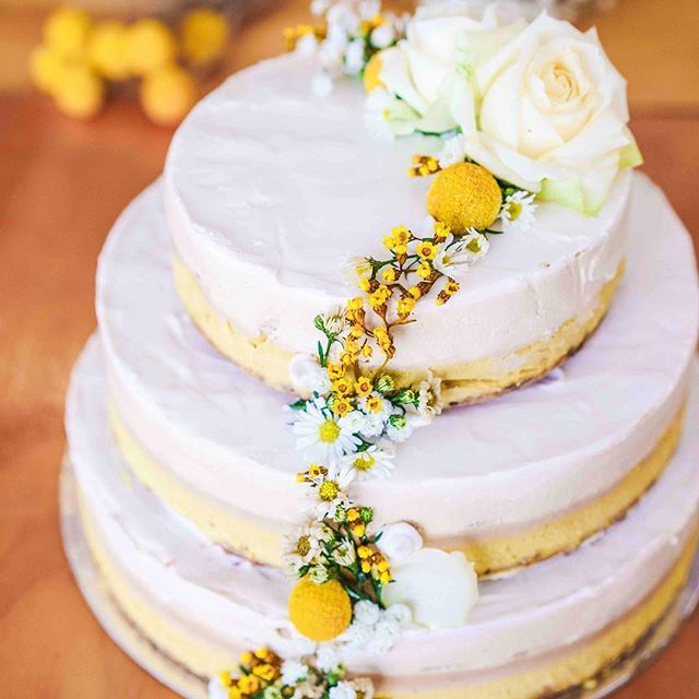 After a cake for a special occasion?  We specialise in organic, vegan, raw, gluten free and refined sugar free cakes.  Order online at www.sadhanakithen.com/cake (link profile) ✌🏽💛🍰🌱💐 Photo by @passionatelykeren Vegan Recipes from BEAUT.e See more recipes >>