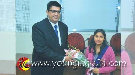 HMV Organizes Lecture On Mutual Funds    http://youngindia24.com/hmv-organizes-lecture-on-mutual-funds/