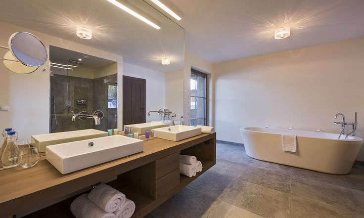 Large ensuite bathroom with bath and separate shower #ensuite #corporate #luxurychalet #stanton #skiholiday #private
