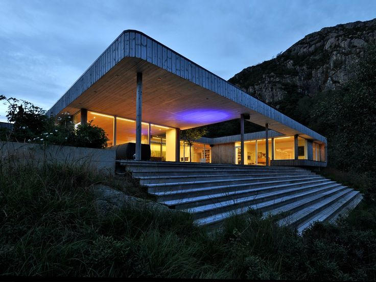 Tommie Wilhelmsen: Atrium House