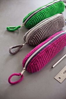 TUTORIAL - DIY Crochet Pencil Case