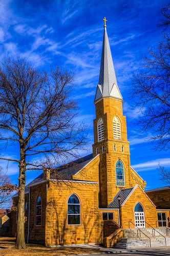 St Andrew Independence Kansas,  my mother was born in 1918 in Independence, Kansas.   As an infant, she was baptized in this church.
