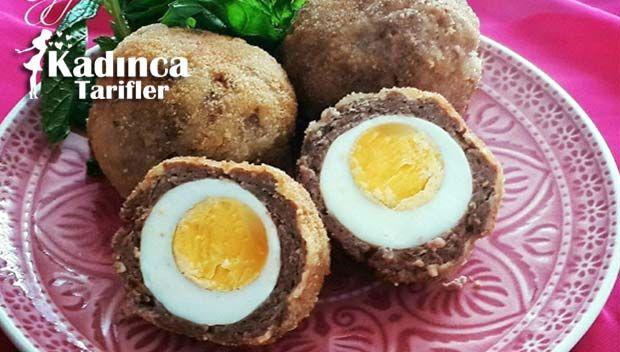 İskoç Yumurtası Tarifi (Scotch Egg ) nasıl yapılır? İskoç Yumurtası Tarifi (Scotch Egg )'nin malzemeleri, resimli anlatımı ve yapılışı için tıklayın. Yazar: Huzurlu Mutfak