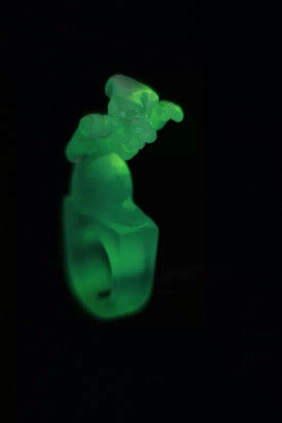 UZURA - jewelry that glows in the dark prototype for Utin Uzura