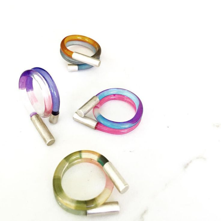 What do you get when you cross a rainbow with a crazy straw? Bright and fun twist rings. Colourful layers of hand dyed Lucite with sterling silver end caps. When I was little I loved curly crazy drinking straws...still do  #rings #jewelry #mtjewellery #acrylic #rainbow #fashionblogger #crazystraws