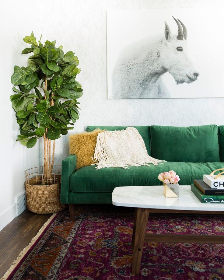 Best 25 Green Sofa Ideas On Pinterest Emerald Green
