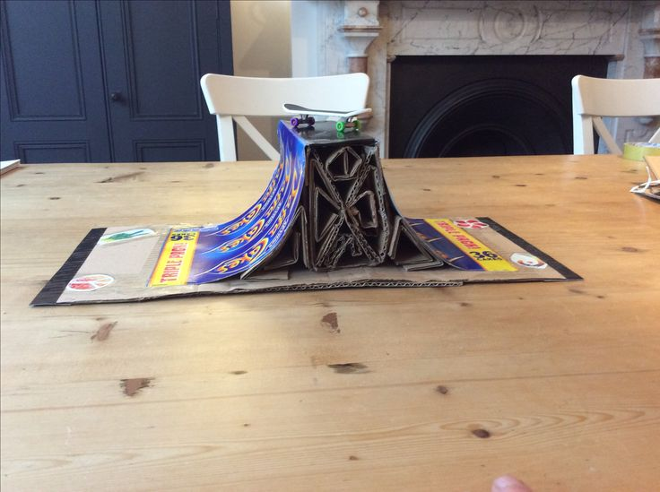 DIY Finger Board Ramp tech deck