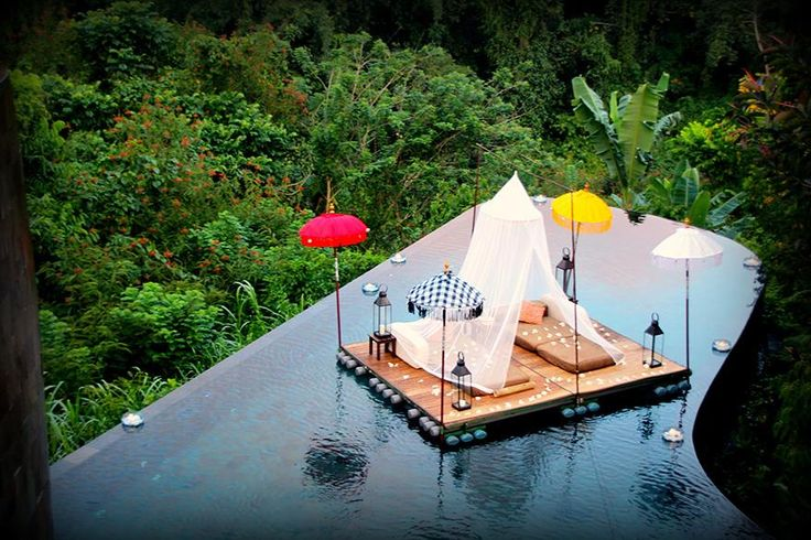 Ubud Hanging Gardens, Bali.  dream hotels to visit before you die.One part boutique hotel, one part epic infinity pool over the Ayung gorge, one part Payangan jungle, and one part architectural masterpiece combine to make one smooth cocktail of a resort. While the Ubud is known for its terraced tree villas, it's really all about the award-winning pool. (Literally, this pool has won awards.)