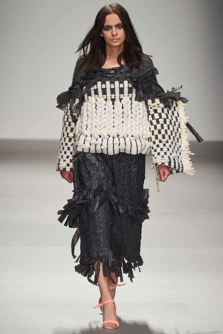 Central Saint Martins Fall 2015 Ready-to-Wear - Collection - Gallery - Style.com Hayley Grundmann