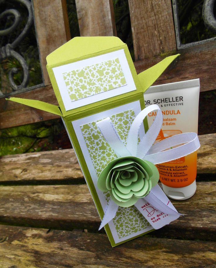 Mein Haus, mein Garten, mein Hobby.: Handcreme-Verpackung mit dem Envelope Punchboard