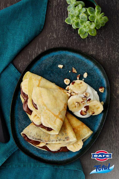 Απολαυστικές, ζεστές κρέπες με πραλίνα, μπανάνα και Total