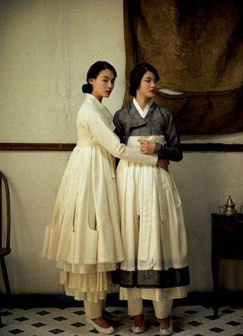 한복 Hanbok : Korean traditional clothes[dress] #modernhanbok  DAMYEON designed by lee hye soon