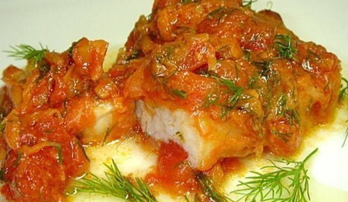 Рыба, тушеная в томатной подливе