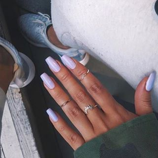 Sometimes it's best to be a little different... once again we #Naildit @yasminechanel full set sculpture gel nails from £45